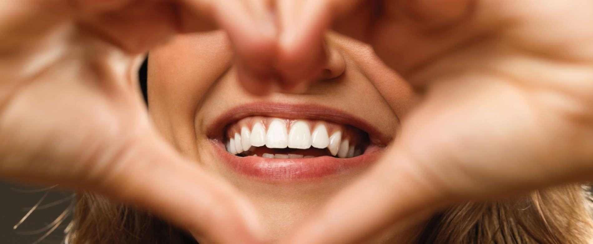 بهترین متخصص دندان پزشکی ترمیمی و زیبایی