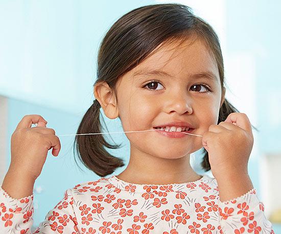 رعایت نکات بهداشت دهان و دندان کودکان